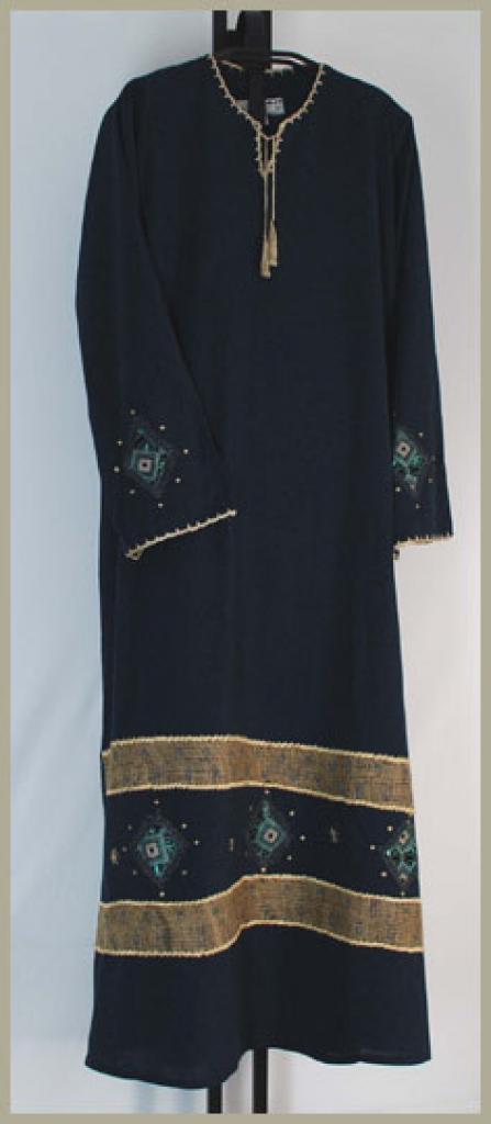 Al Karam Embroidered Pull Over Abaya ab357