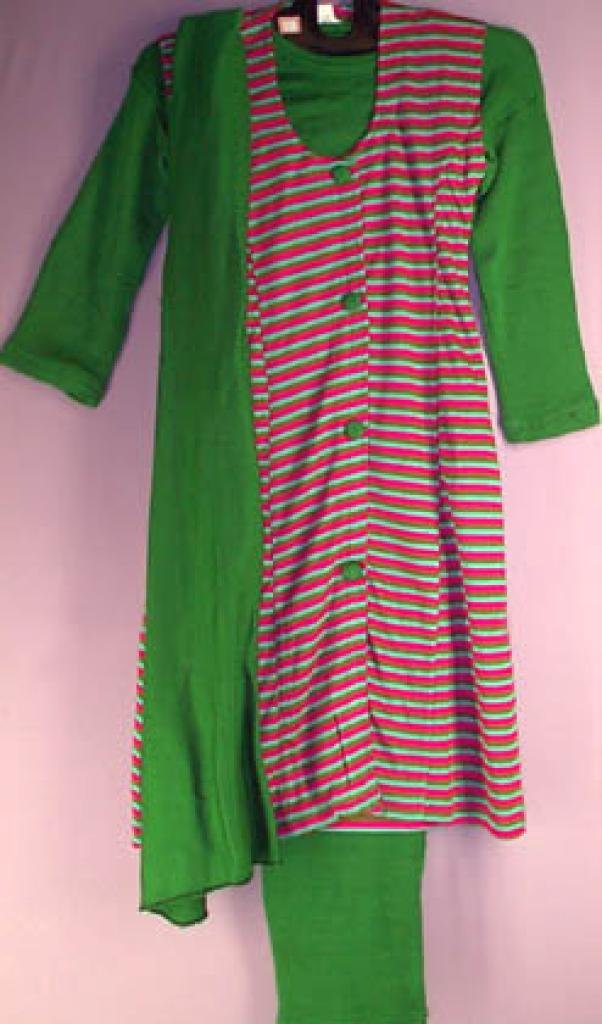 Girls 4 piece knit Salwar Kameez ch119