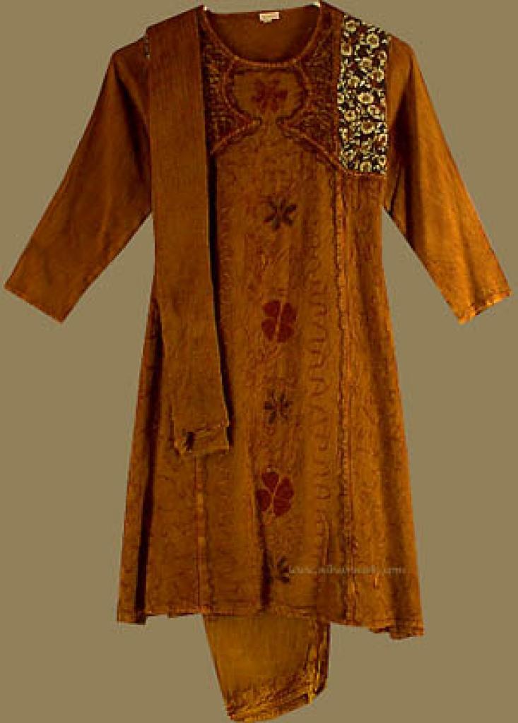 Girl's Embroidered Salwar Kameez  ch312