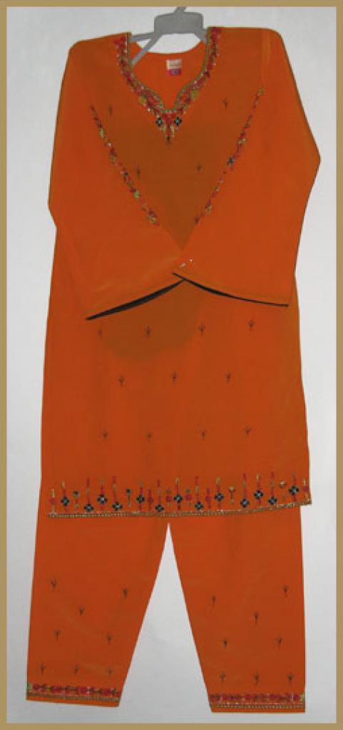 Girls Embroidered Salwar Kameez ch421