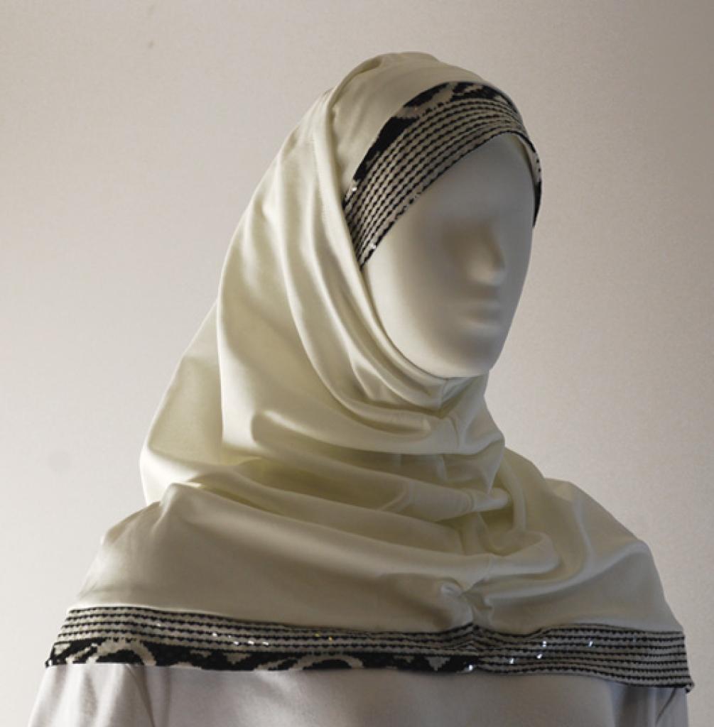 Sequined Edge Al Amirah Hijab hi1599