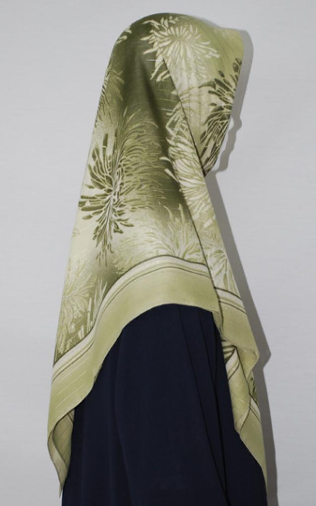 Floral Print Turkish Gauze Hijab hi1671