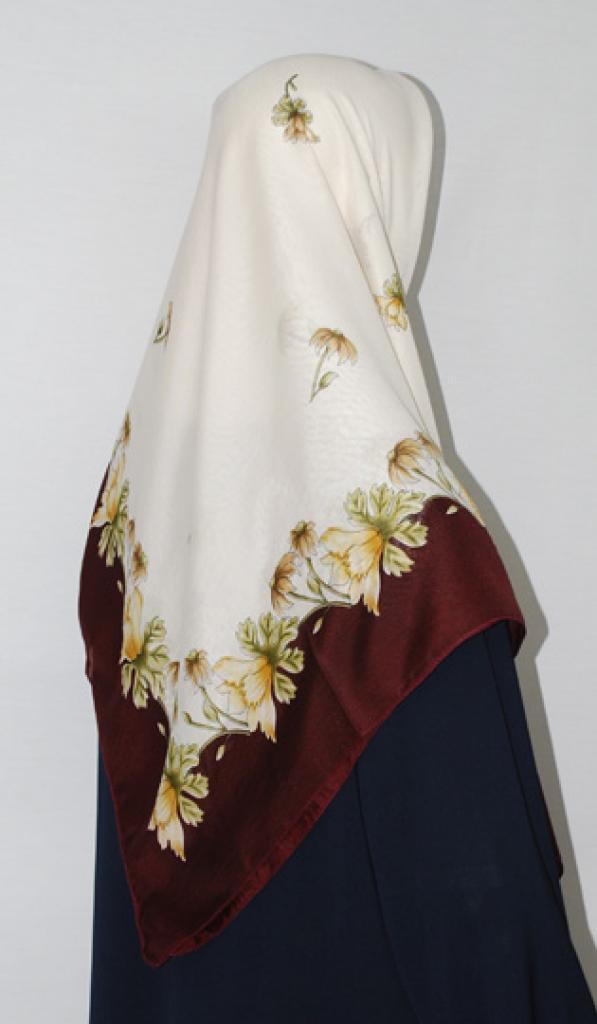 Floral Printed Square Hijab hi1674