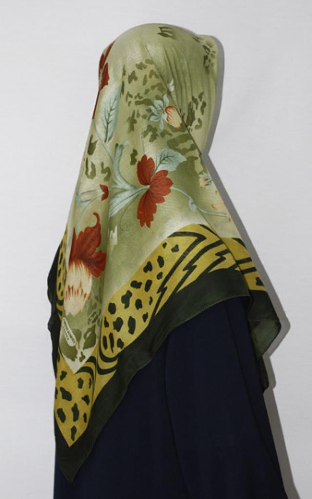 Floral Printed Square Hijab  hi1675