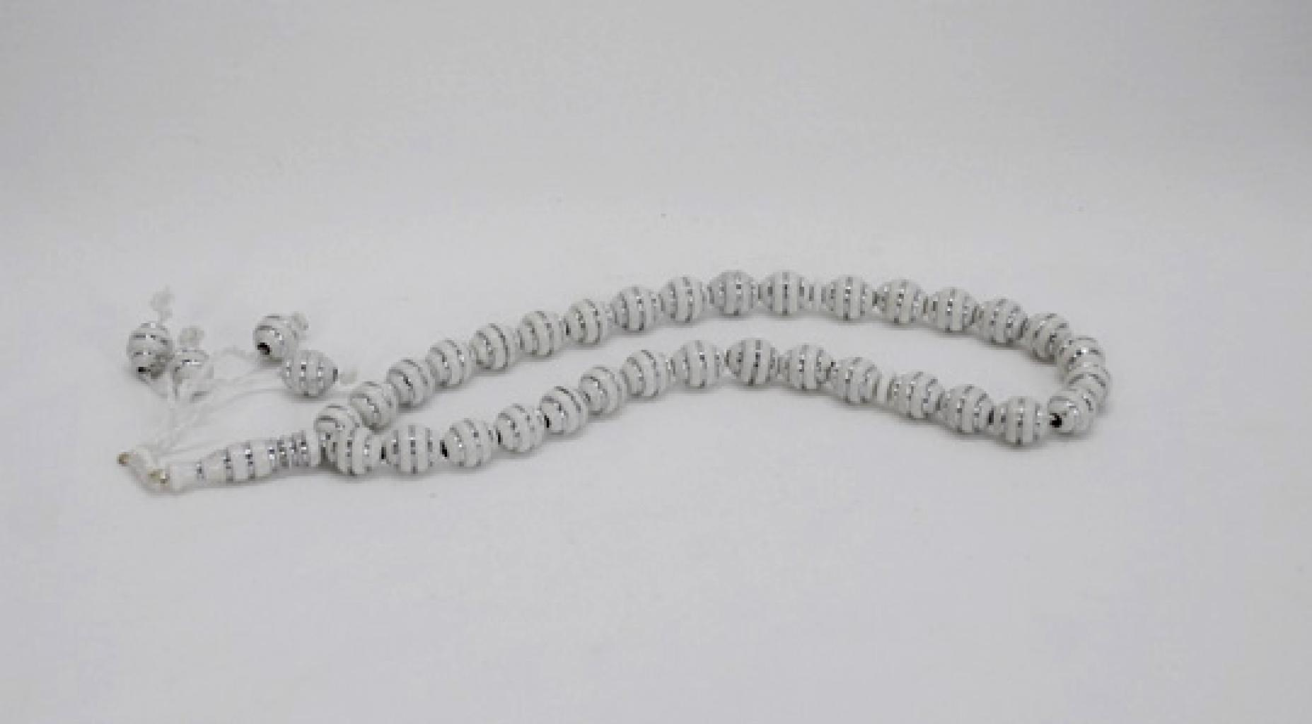 Prayer Beads with Textured Design ii889