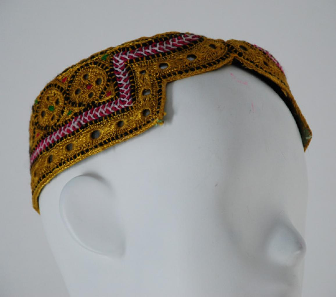 Mens Embroidered Sindhi Cap me506
