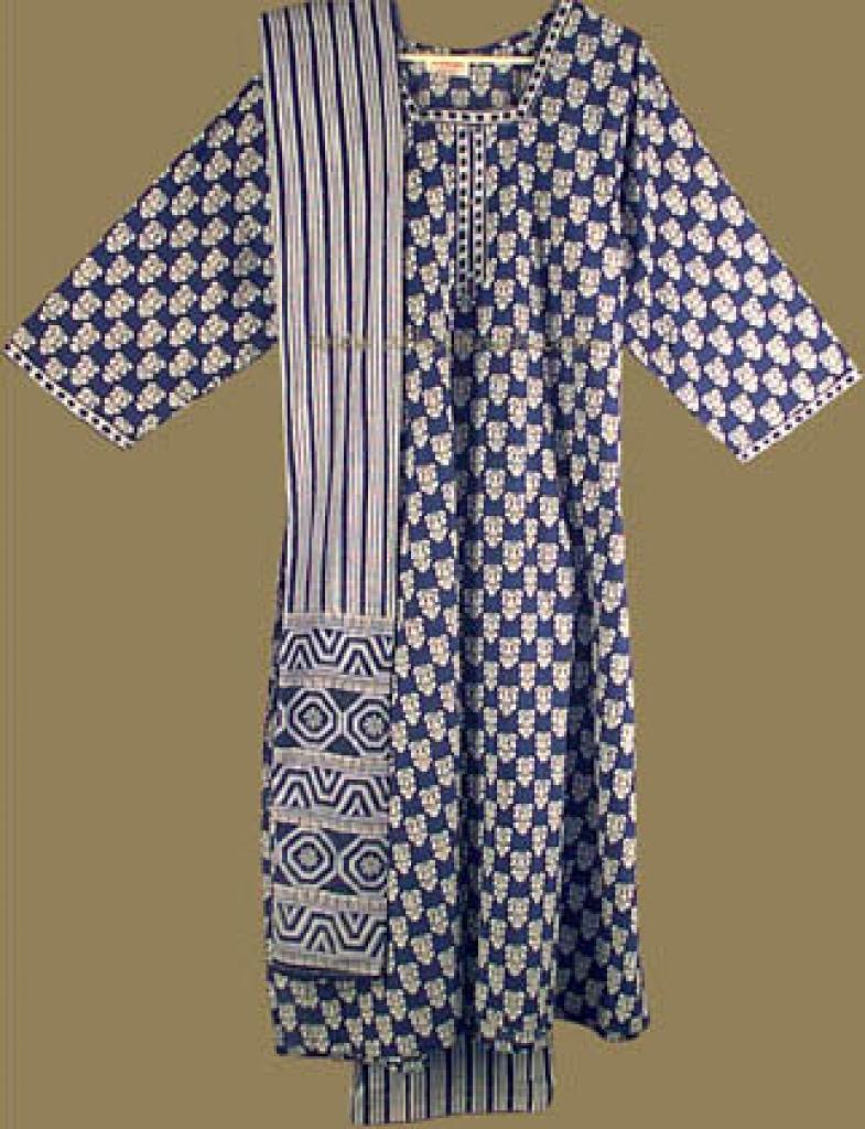 Traditional  Print Salwar Kameez sk476