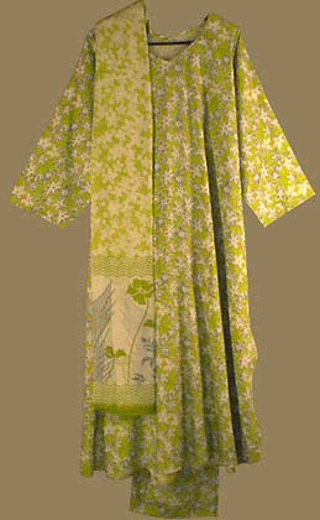Traditional Floral Print Salwar Kameez sk500