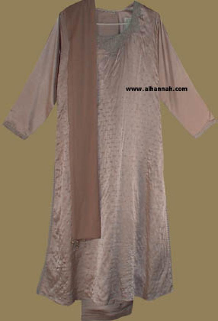 Embroidered and Seqined Salwar Kameez   sk551