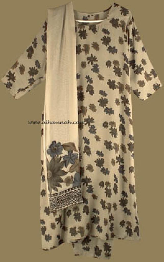 Traditional Floral Salwar Kameez   sk575
