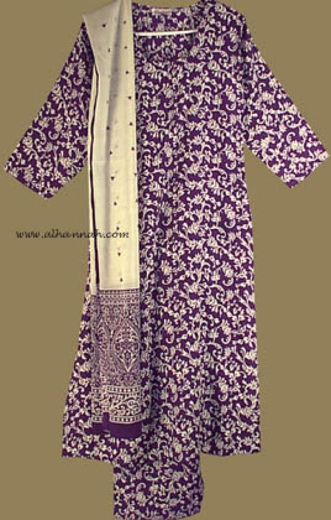 Traditional Print Salwar Kameez   sk578