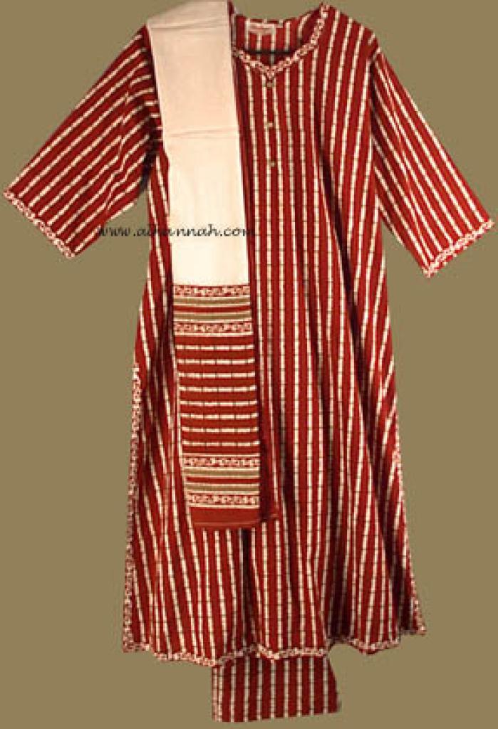 Traditional print Salwar Kameez   sk580