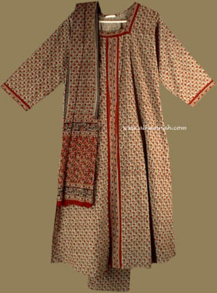 Traditional Floral Salwar Kameez   sk601
