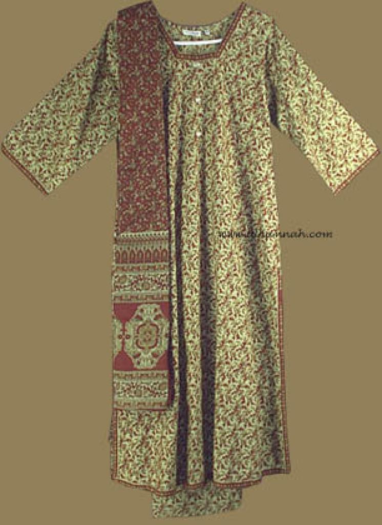 Traditional Floral Salwar Kameez   sk606