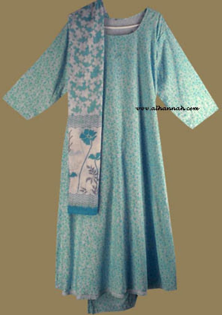 Traditional Floral Salwar Kameez   sk610