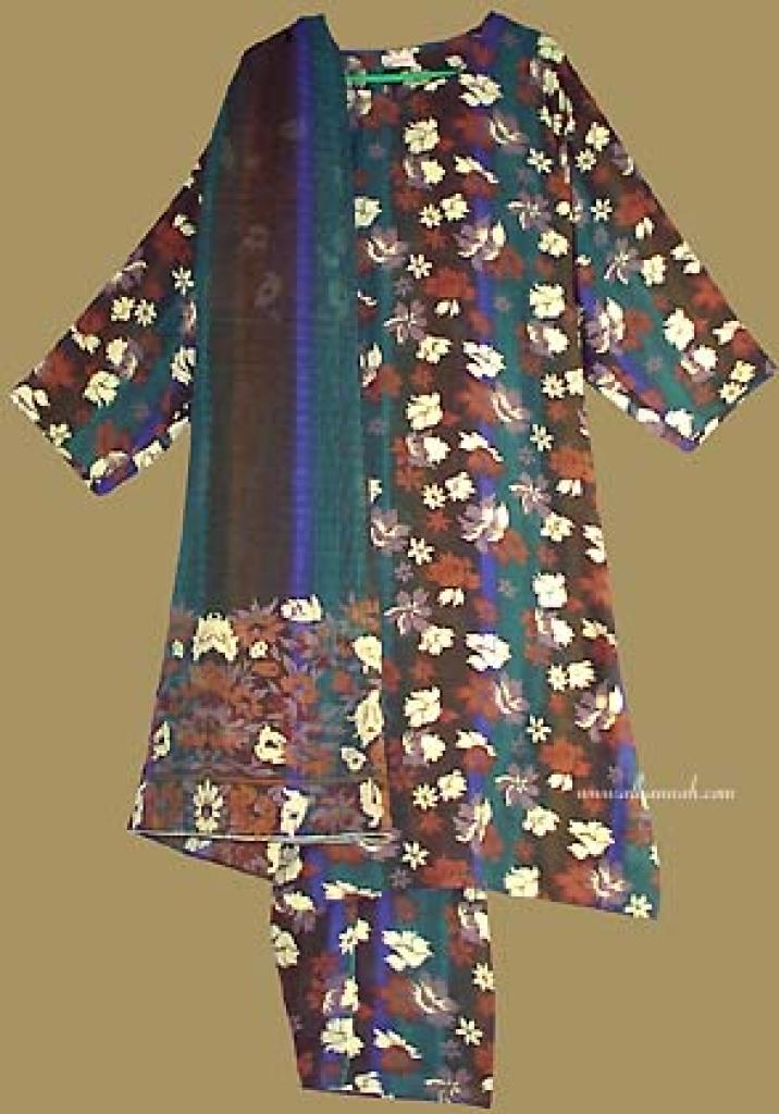 Traditional Floral  Print  Salwar Kameez   sk686