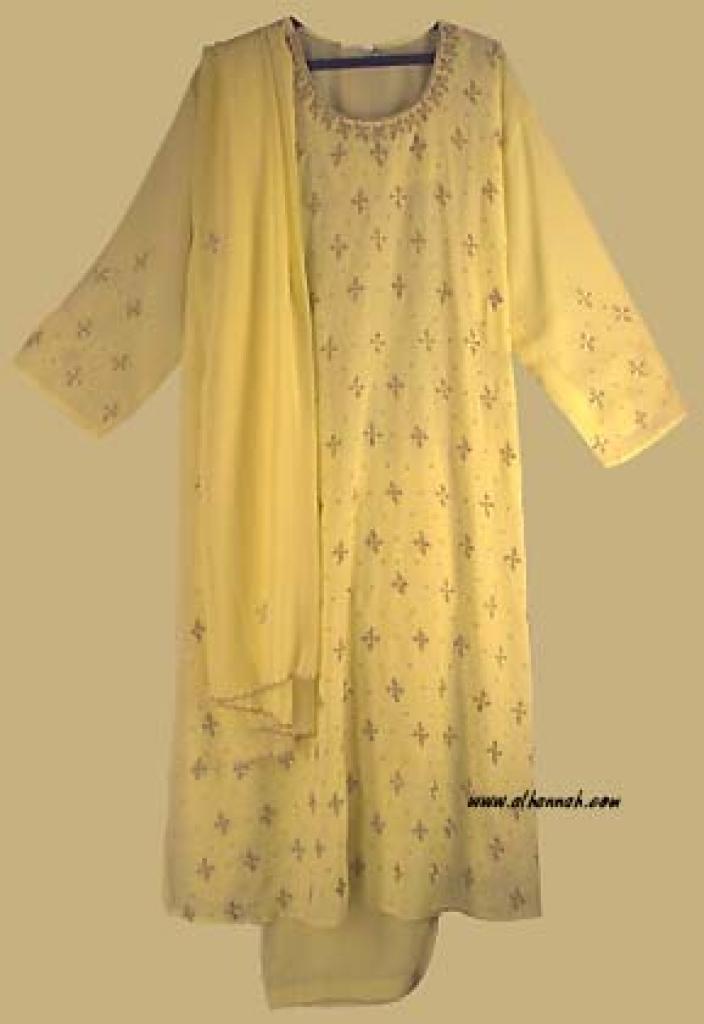 Traditional Embroidered Floral Salwar Kameez   sk700