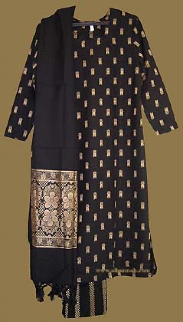 Traditional Pakistani Salwar Kameez sk851