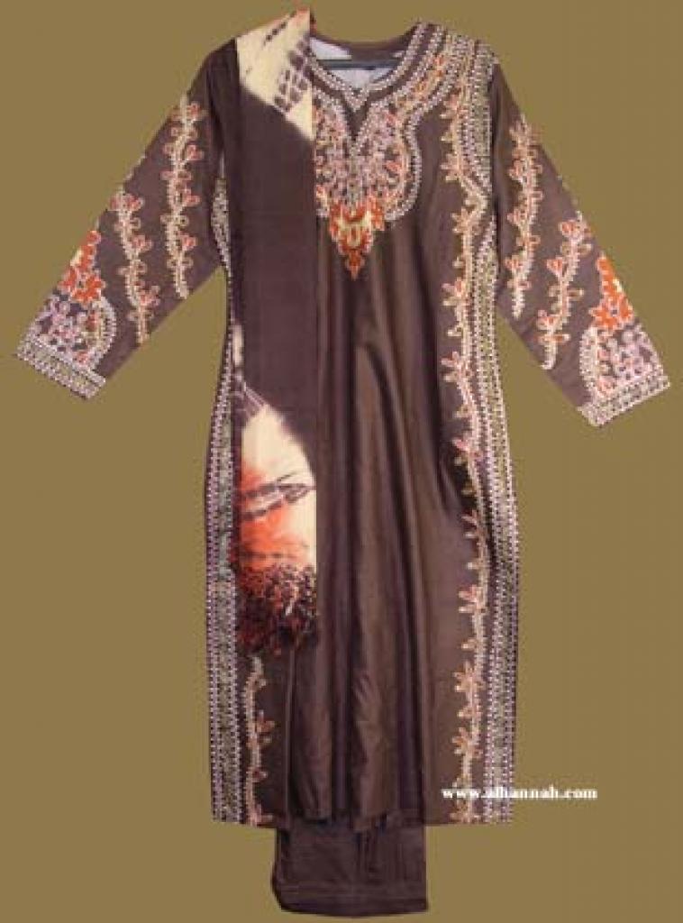 Traditional Pakistani Salwar Kameez  sk853