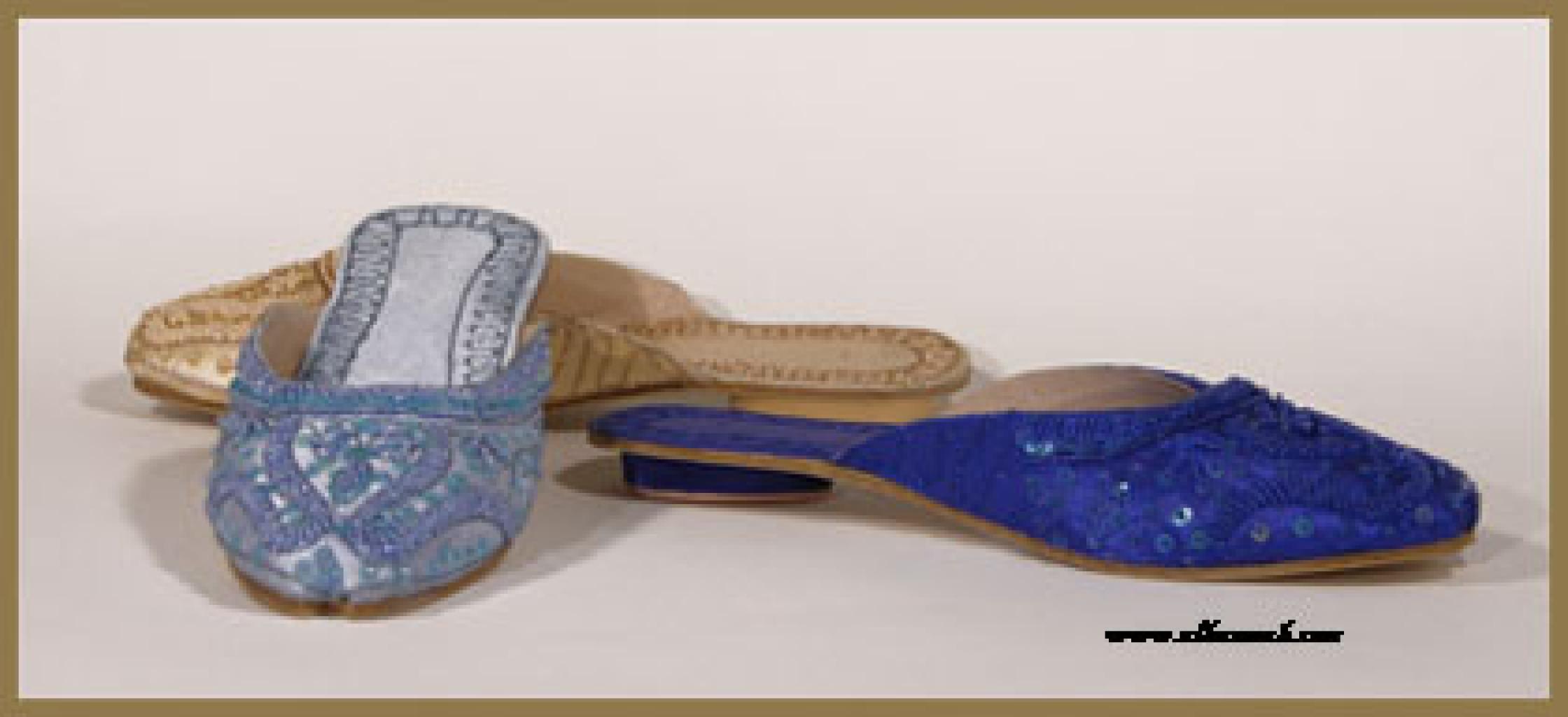 Women's Classic Punjabi Slides with 3/4 Inch Heel  sk882