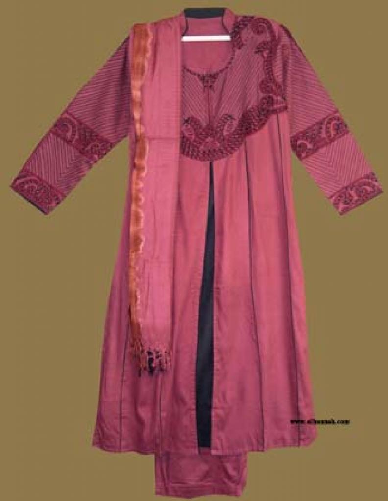Traditional Pakistani Salwar Kameez  sk891