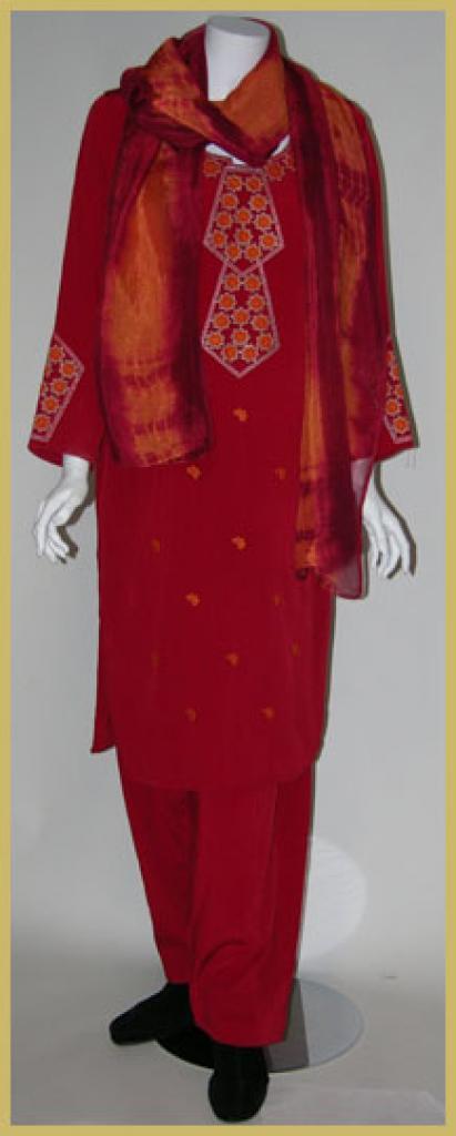 Embroidered Salwar Kameez sk965