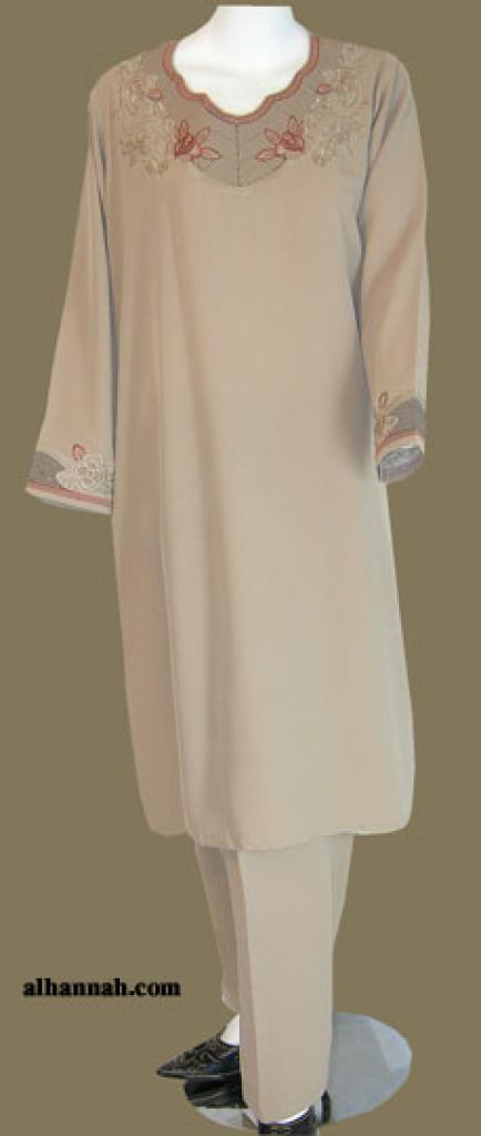 Salwar Kameez embroidered sk977