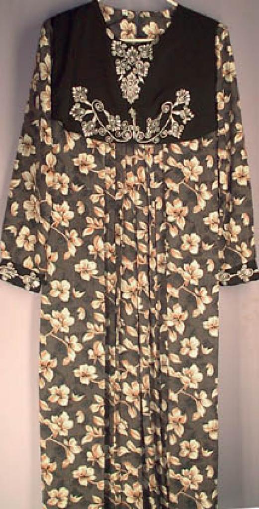 Yemini Style Flower print thobe th105