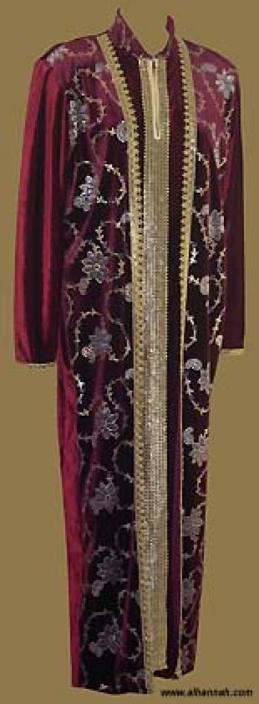 Embroidered Arabian Thobe th553