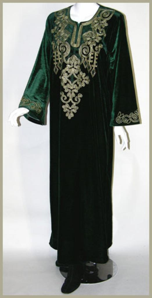 Embroidered Arabian Velveteen Thobe th615