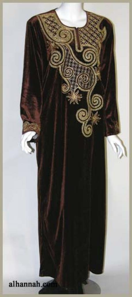 Embroidered Arabian Velveteen Thobe th617