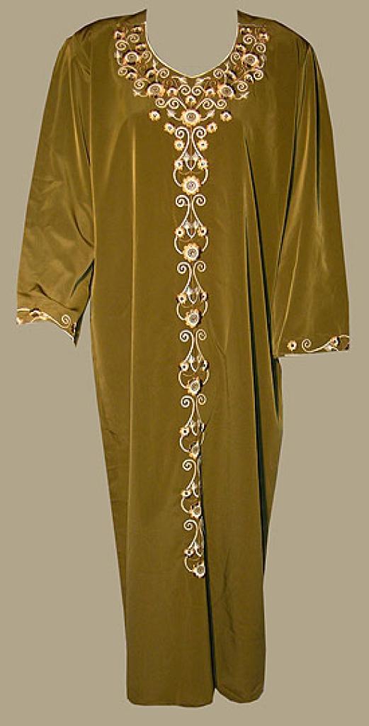 Embroidered Saudi Thobe with Rhinestone Accents th623