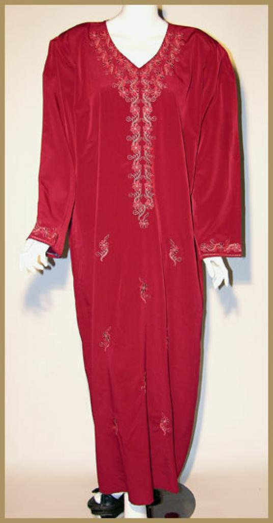 Embroidered Saudi Thobe with Rhinestone Accents th624