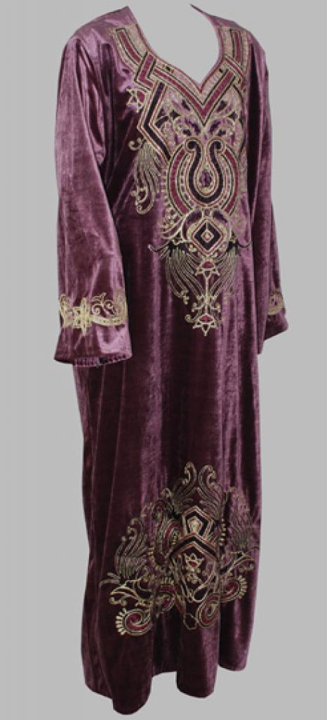 Embroidered Arabian Velveteen Thobe th690