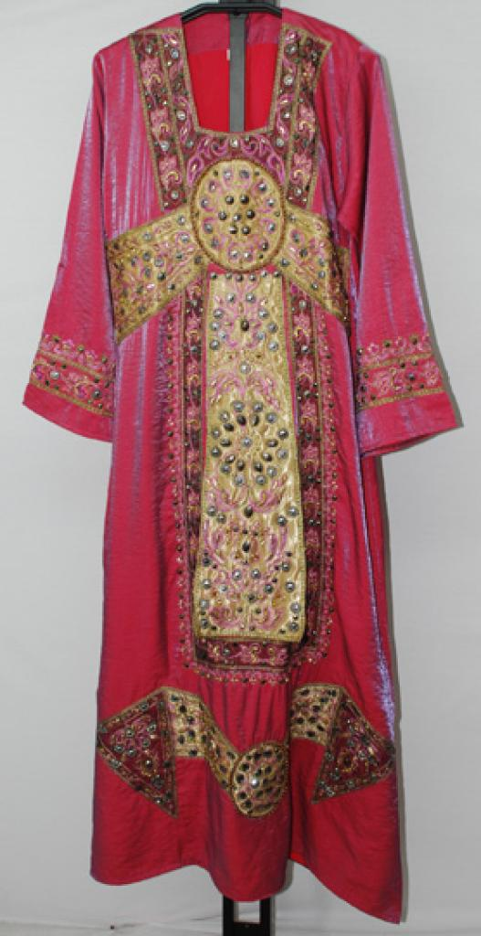 Embroidered Satin Thobe th692