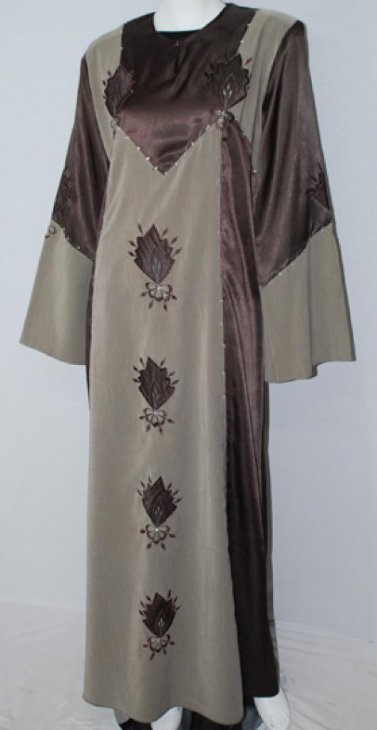 Traditional Embroidered Jordanian pull-over Thobe  th696