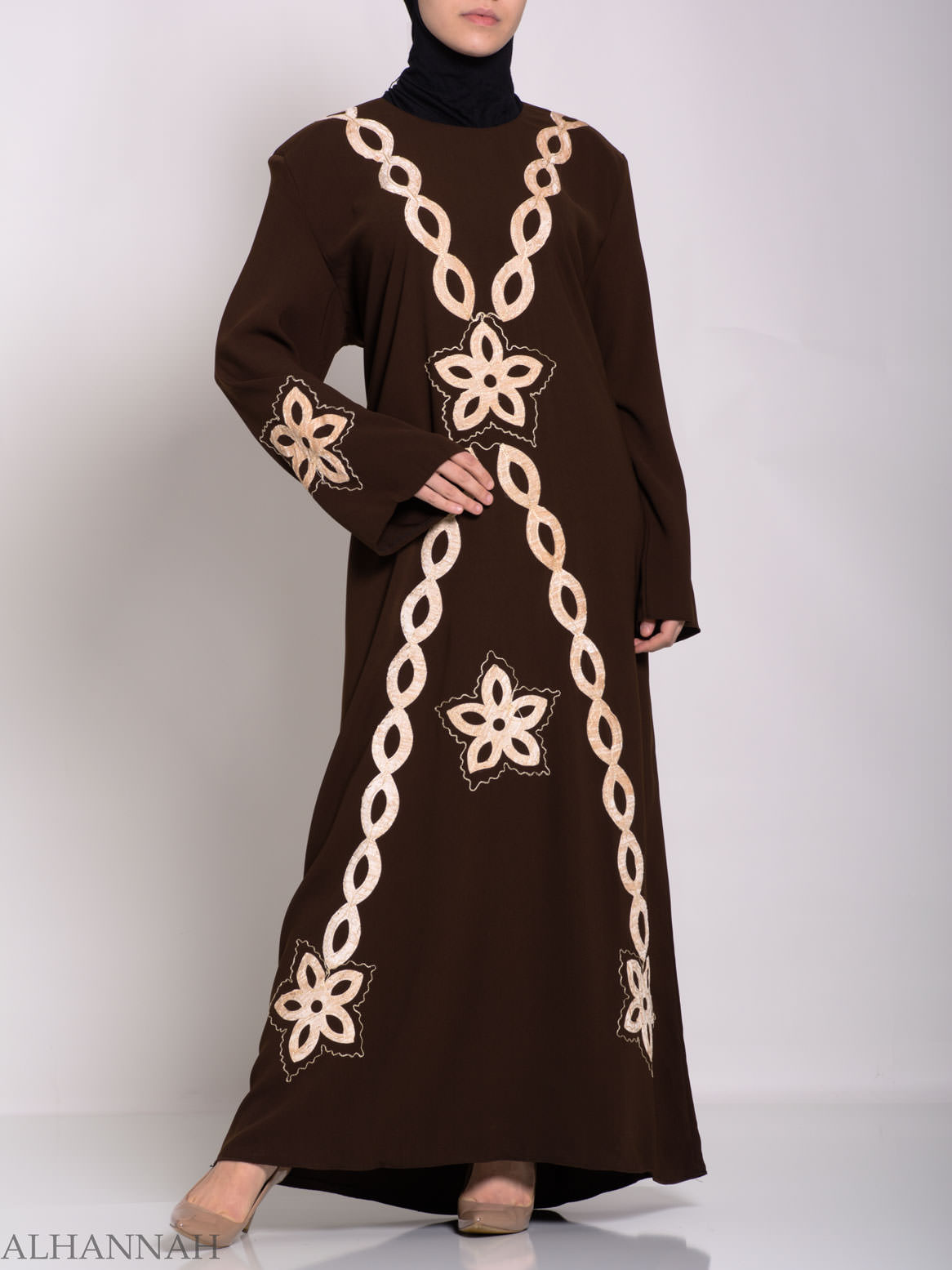 Traditional Egyptian Thobe with Contrasting Applique th729 (5)
