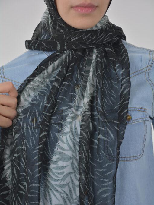 Abstract Tiger Shayla Wrap Hijab Hi2114 Black & White 2
