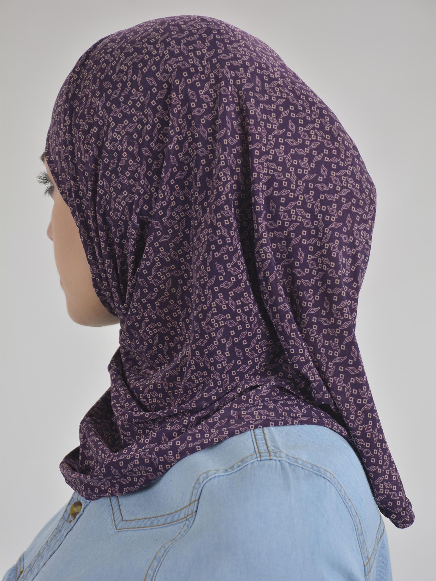 Elegant Diamond Print Two Piece Al-Amira Hijab HI2107 (1)