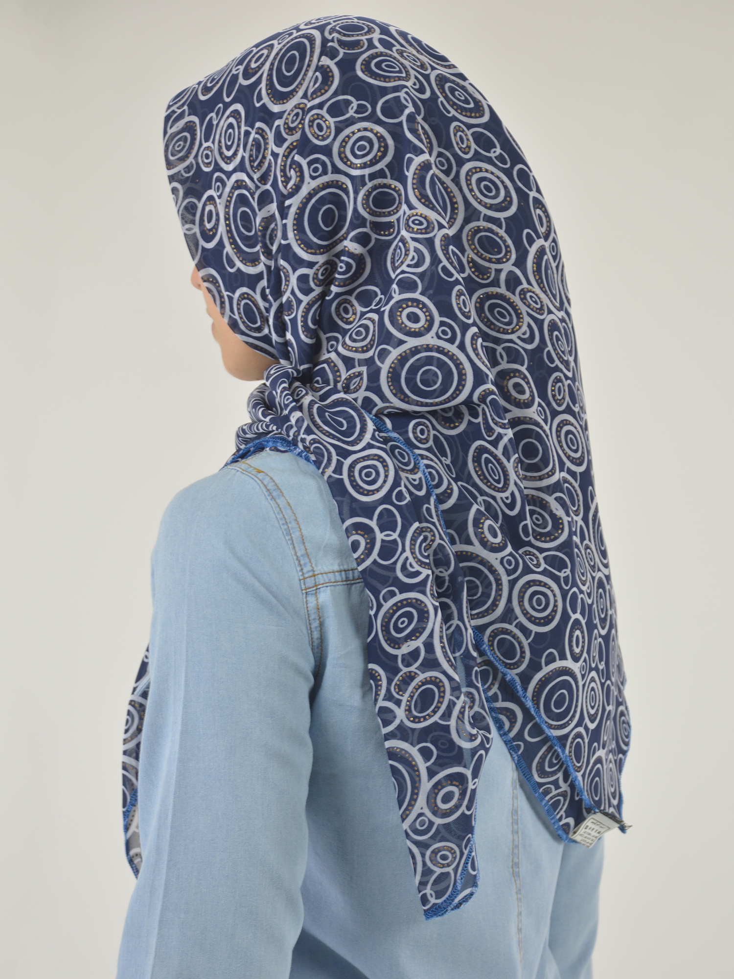 Radiating Glitter Circles Square Hijab HI2119 (7)
