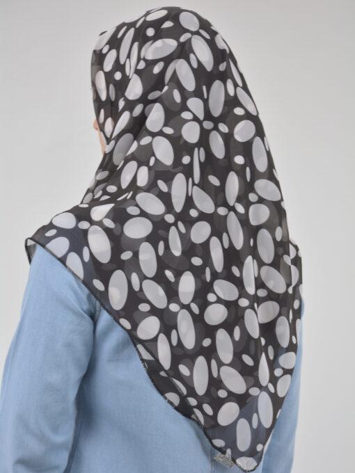 Spotlight Black & White Square Hijab HI2125 (1)