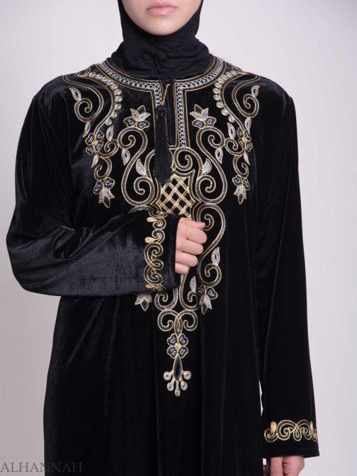 Swirled Clovers Embroidered Velvet Syrian Thobe TH784 (1)