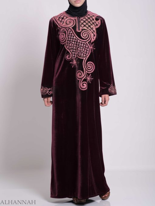 Swirled Day Lillie's Embroidered Syrian Velvet Thobe TH790 (6)