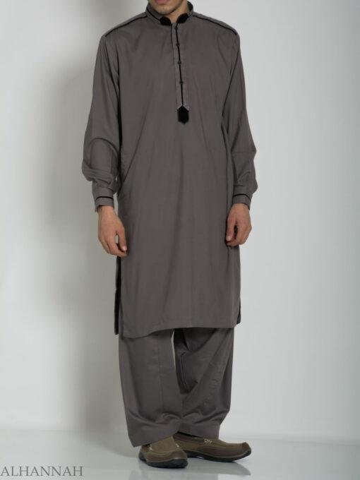 Velvet Lined Salwar Kameez ME764 (1)