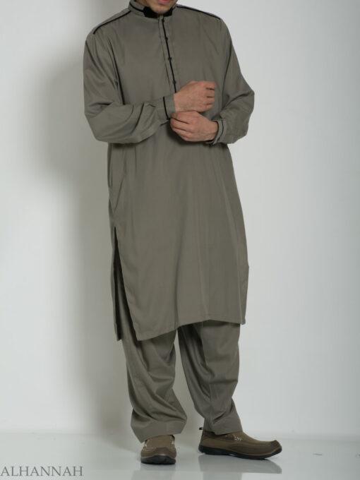 Velvet Lined Salwar Kameez ME764 (8)