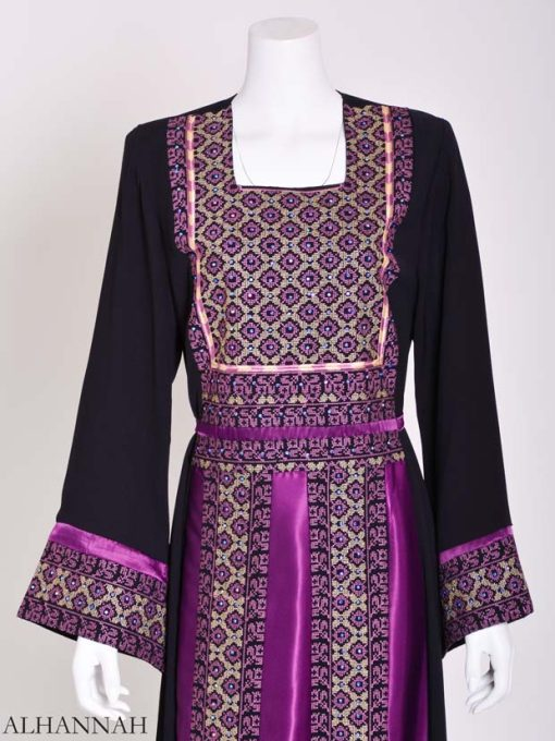 Embroidered Palestinian Fellaha Thobe with Satin th797 (10)