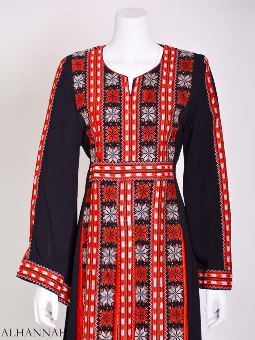 Embroidered Palestinian Fellaha Thobe with Satin th800 (4)