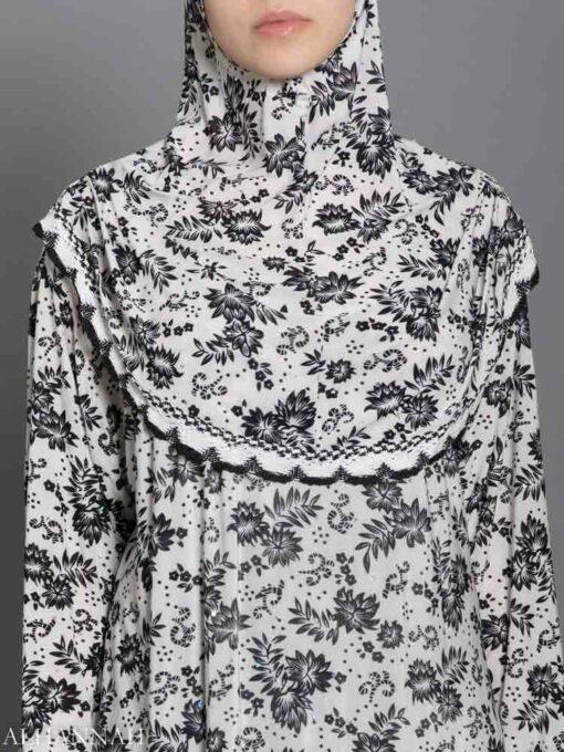 Chrysanthemum Sparkle Prayer Outfit - Close Up