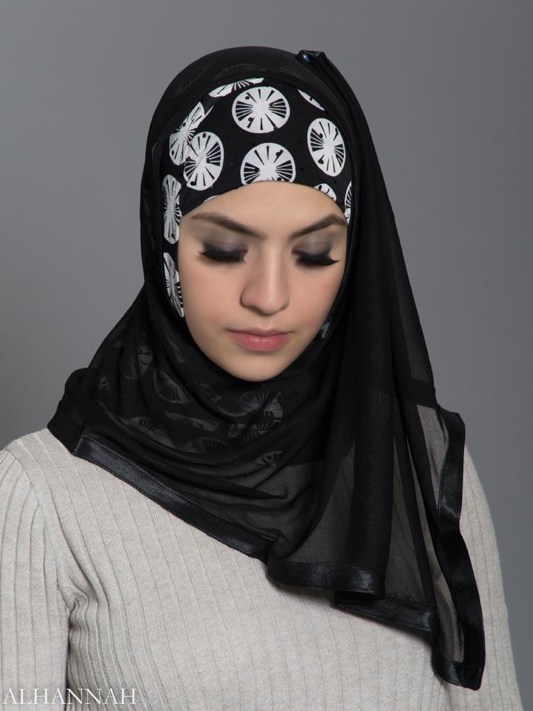 Black and White Lily Pad Kuwaiti Wrap Hijab hi2185 front