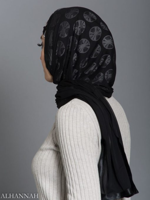 Black and White Lily Pad Kuwaiti Wrap Hijab hi2185 side